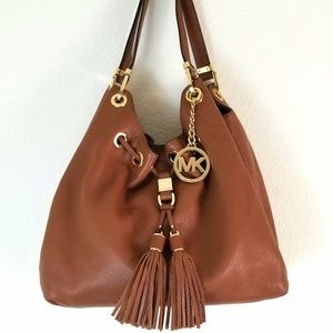 Michael Kors Camden Large Drawstring Shoulder Bag